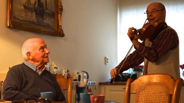Aubade bij u Thuis Frank Jenniskens Blooij - 1